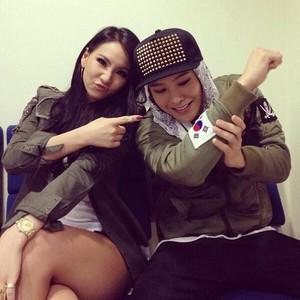 """CL's Instagram Update: """"Ma big brobro Jiyongssi #rideordie #r.o.d"""" (130929)"""