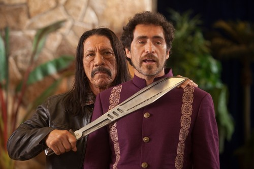 Machete kertas dinding called Danny Trejo as Machete & Demian Bichir as Mendez