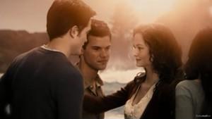 Edward, Bella, Renesmee and Jake