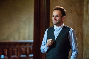 Elementary - Episode 2.05 - Ancient History - Promotional 照片