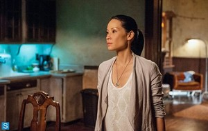 Elementary - Episode 2.05 - Ancient History - Promotional foto's