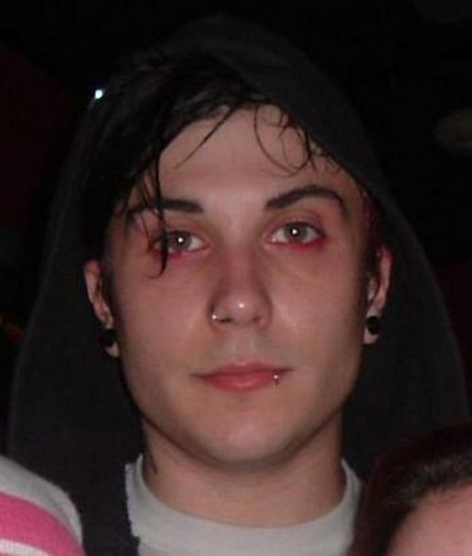 Frank Iero wallpaper probably containing a portrait called Frank Iero