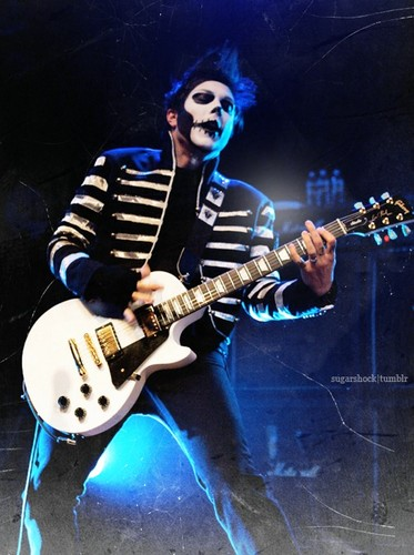 Frank Iero wallpaper probably with a guitarist and a concert entitled Frank Iero