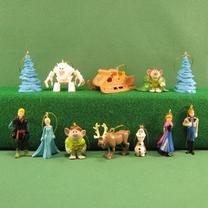 Frozen Christmas Tree Decorations