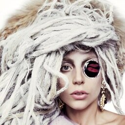 Gaga has a new Twitter profile photo