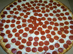 Giant Pepperoni Pizza :3
