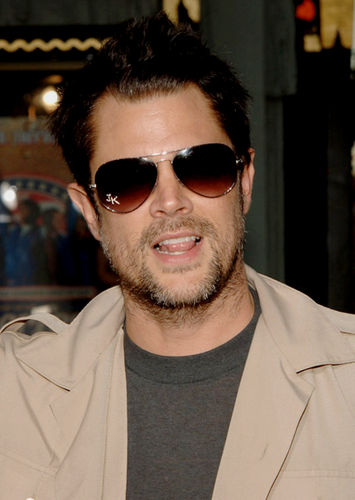 Johnny Knoxville 바탕화면 with sunglasses entitled Johnny Knoxville
