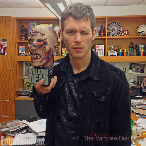 Joseph Morgan wallpaper with a newsstand titled Joseph Morgan behind the scenes with Entertainment weekly