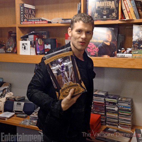 Joseph Morgan wallpaper containing a bookshop, a reading room, and an athenaeum called Joseph Morgan behind the scenes with Entertainment weekly