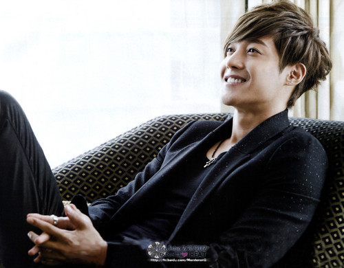 Kim Hyun Joong wallpaper possibly with a business suit titled Kim Hyun Joong<3