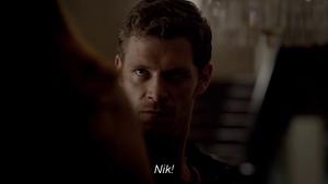 Klaus hurting Hayley