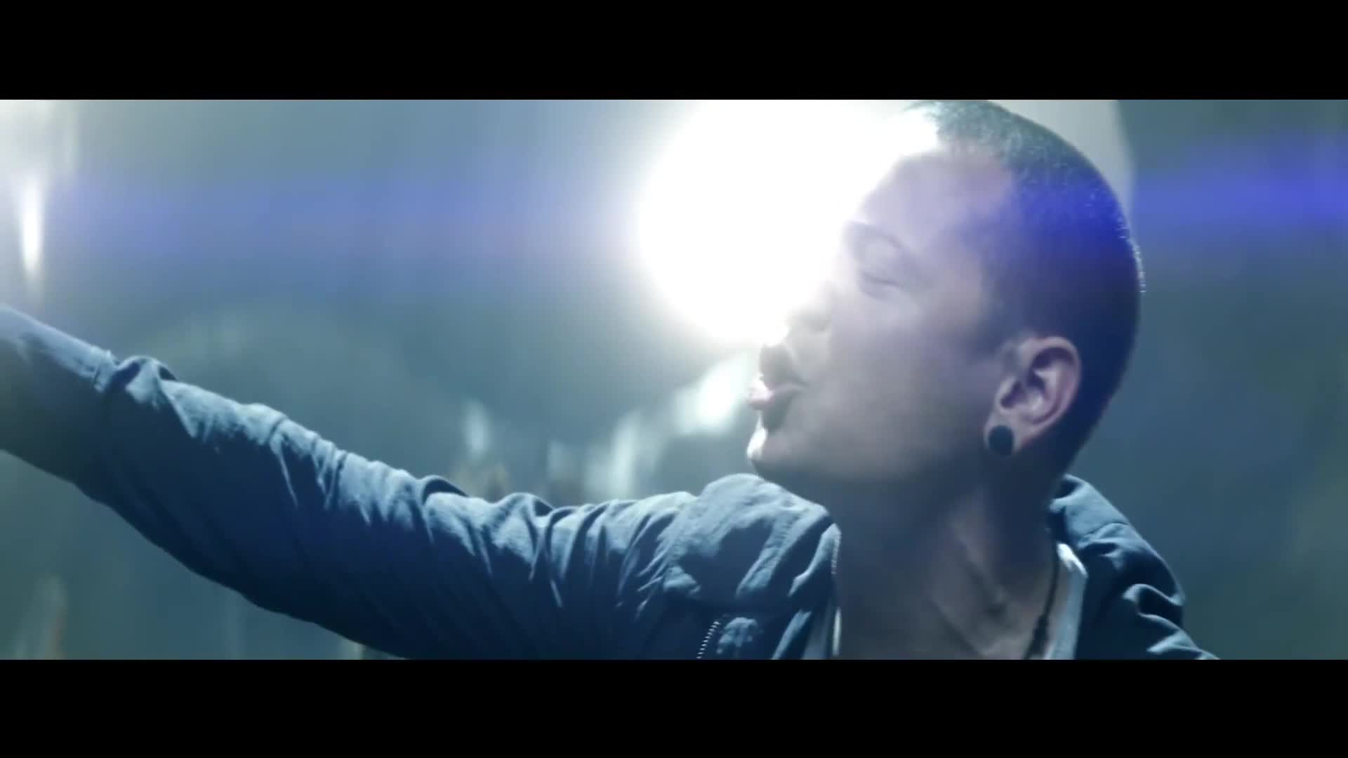 林肯公园 壁纸 called linkin park - new divide {music video}