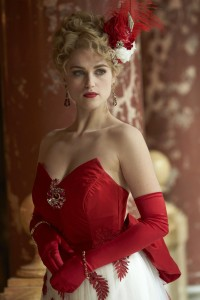 personnages de TV féminins fond d'écran possibly with a dîner dress entitled Lucy Westenra (Dracula NBC)