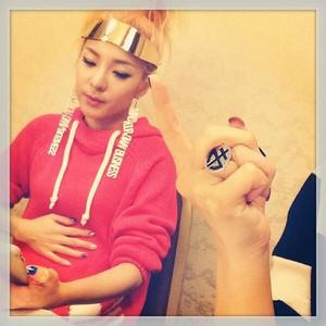 "Minzy's Instagram Update: ""oww... full..."" (131007)"