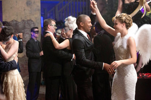 もっと見る stills from The Originals 1x03 'Tangled Up In Blue'