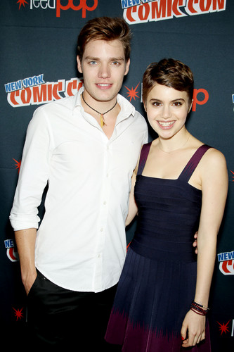 The Vampire Academy Blood Sisters वॉलपेपर probably with a कॉकटेल dress, a dress, and a रात का खाना dress entitled NY Comic Con 2013 - Dominic Sherwood & Sami Gayle