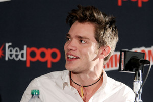 NY Comic Con 2013 - Dominic Sherwood
