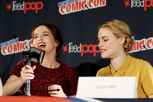 NY Comic Con 2013 - Zoey & Lucy