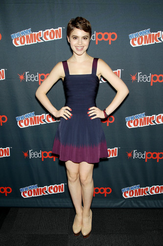The Vampire Academy Blood Sisters wallpaper possibly with bare legs, tights, and a leotard called NY Comic Con - Sami Gayle