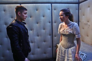 OUAT In Wonderland • Alice & Knave of Hearts 1x01
