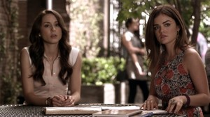 PLL friends - Aria & Spencer