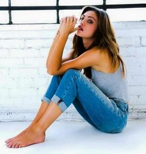 Phoebe Tonkin - Complex Magazine October/November 2013