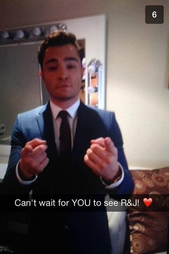 Ed Westwick wolpeyper containing a business suit, a suit, and a three piece suit entitled ROMEO ANDJULIET PROMOTION sa pamamagitan ng SNAPCHAT