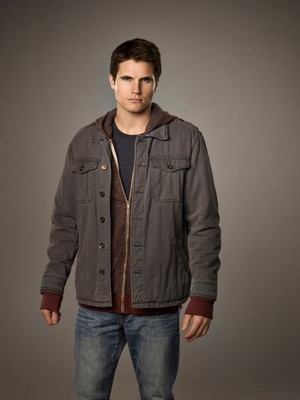 Robbie Amell as Stephen Jameson
