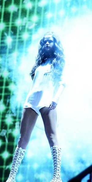 Selena performing on her Stars Dance Tour in Fairfax (October 10)