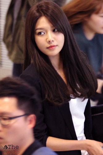 Girls Generationsnsd Images Sooyoung Airport Hd Wallpaper