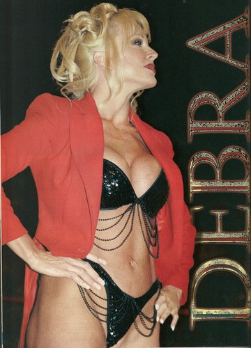 Former WWE Diva... Debra achtergrond probably with a bikini called TV Wrestlers Magazine - August & May 1999