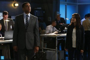 The Blacklist - Episode 1.05 - The Courier