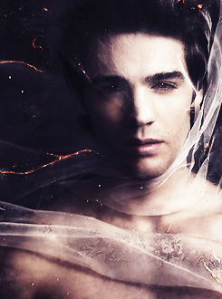 The Vampire Diaries season 5 promotional posters