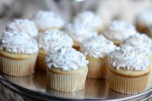 White cupcake ♥