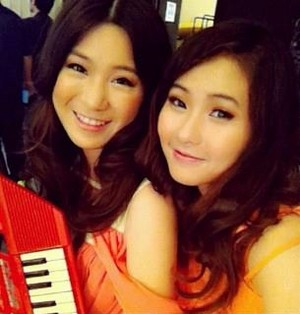 With phing lalita ^^