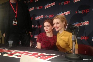 Zoey and Lucy at the NY comic con