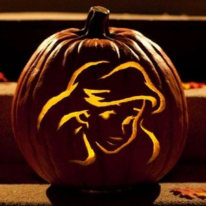 an ariel کدو, لوکی carving