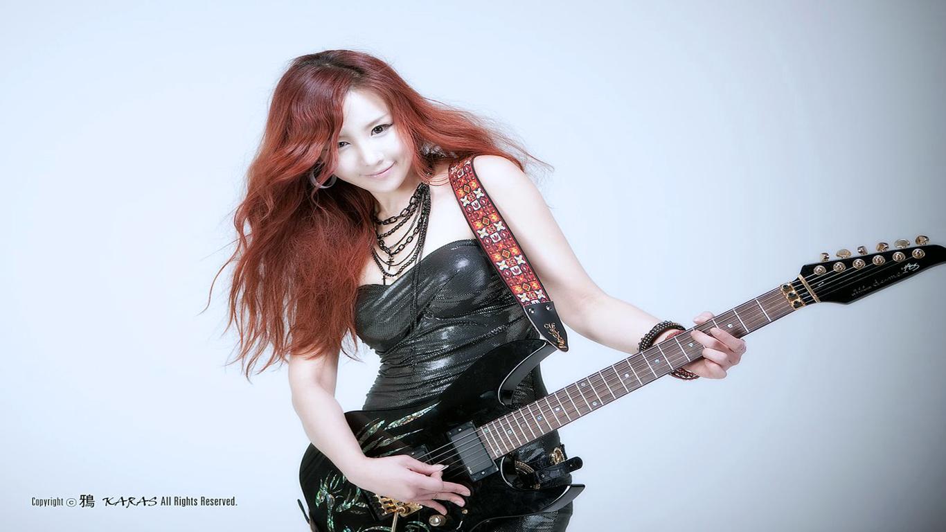 guitar girl  msyugioh123 Photo 35748742  Fanpop