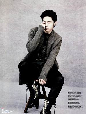 131018 L – Vogue Girl Magazine (November 2013 Issue) Scans