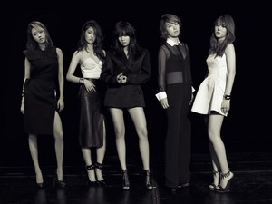 4Minute – Harper's Bazaar Magazine August Issue '13