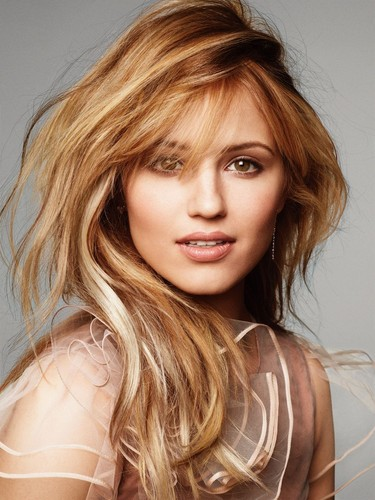 Zufällig Hintergrund with a portrait called Actress - Dianna Agron