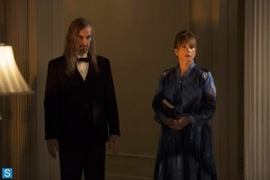 American Horror Story - Episode 3.03 - The Replacements - Promotional foto-foto