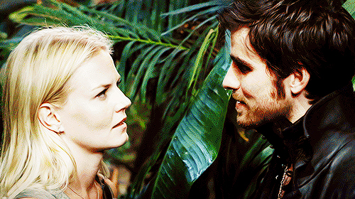 Killian Jones: That Way He Looks At Emma - I
