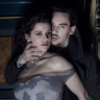 Dracula NBC foto possibly with a chemise, a kirtle, and a bustier, bustier traducción called Dracula