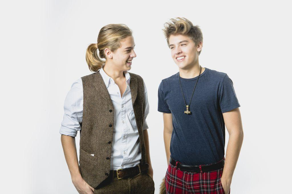 Dylan&Cole - The Sprouse Brothers Photo (35803270) - Fanpop