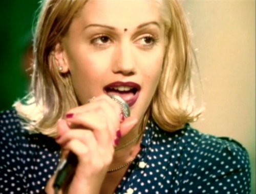 90's musik wallpaper probably with a portrait titled Gwen Stefani