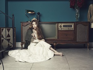 iu – CéCi Korea Magazine November Issue '13