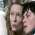 Jadis blows Edmund a Kiss !