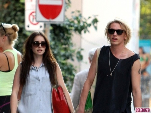 Jamie Campbell Bower Hintergrund probably containing sunglasses titled Jamie♥