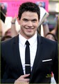 Kellan Lutz(aka Emmett Cullen) - twilighters photo